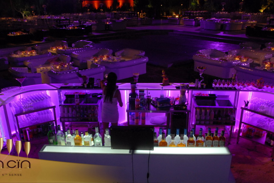 Cin Cin Mobile Bar services setup