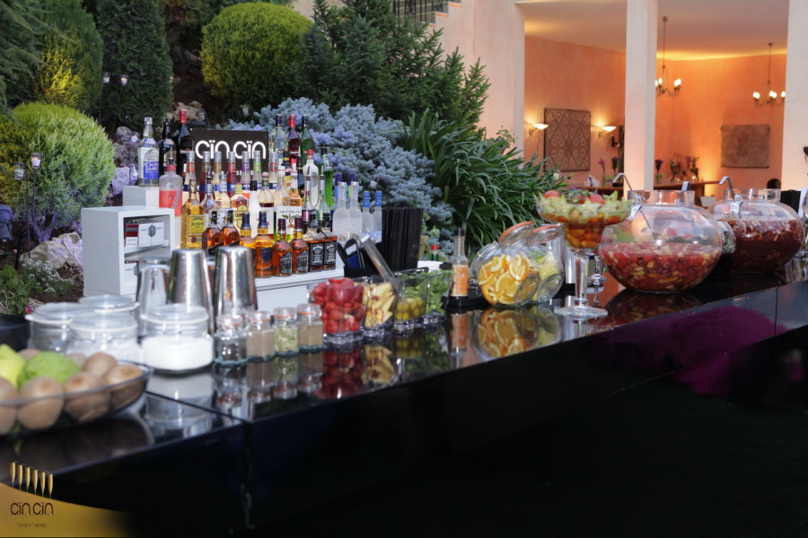 Cin Cin Mobile Bar service setup