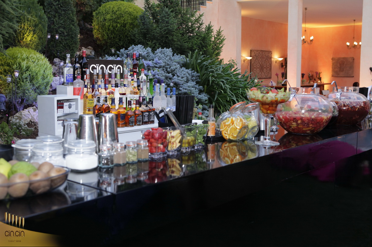 Cin Cin Mobile bar services